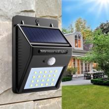 Светодиодный фонарь  на солнечной батарее Ever Brite с датчиком движения Plus (dm2130)
